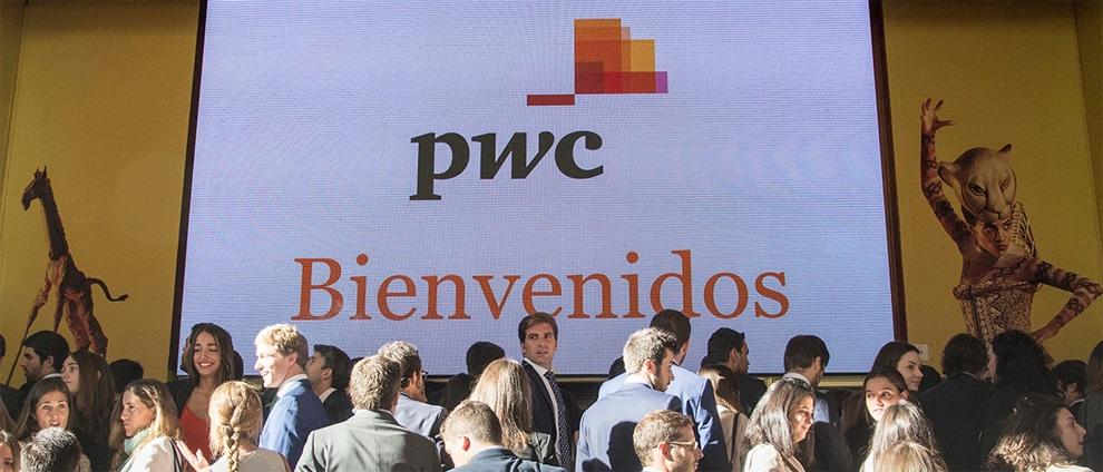 PwC contratará a más de 500 recién licenciados en junio